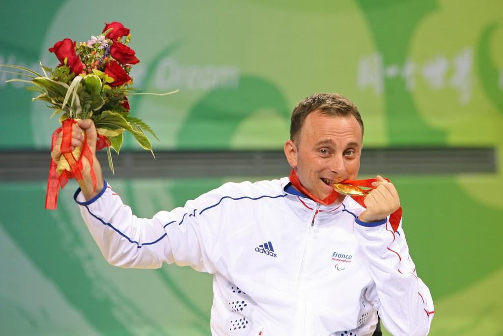 Handisport: Vincent Boury, un pongiste de talent!