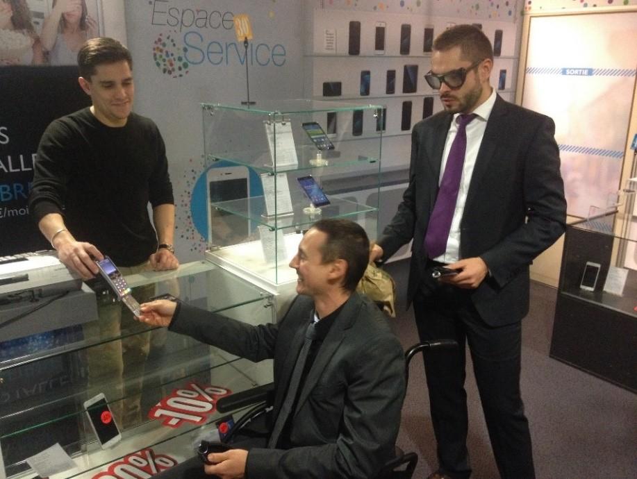 Banque Populaire des Alpes : Et, si on testait un commerce entièrement accessible ?